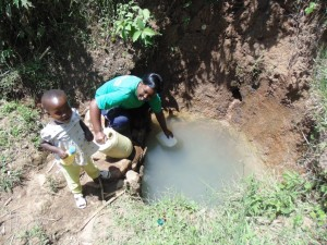 The Water Project : 2-kenya4581-fetching-water