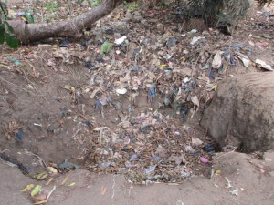 The Water Project : 20-sierraleone5082-garbage-pit