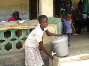 The Water Project : 21-sierraleone5082-hand-washing-station