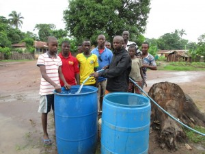 The Water Project : 23-sierraleone5089-test-pumping