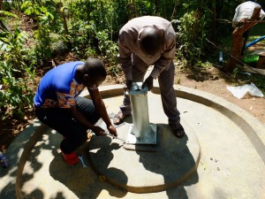The Water Project : 26-kenya4535-pump-installation