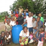 The Water Project : 26-sierraleone5089-test-pumping