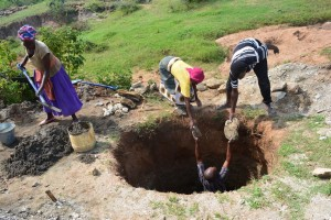 The Water Project : 3-kenya4486-construction