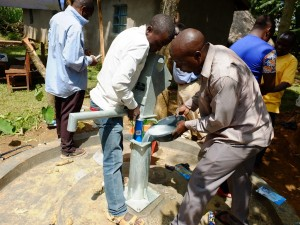 The Water Project : 33-kenya4535-chlorination