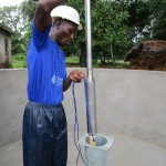 The Water Project : 33-sierraleone5089-pump-installation
