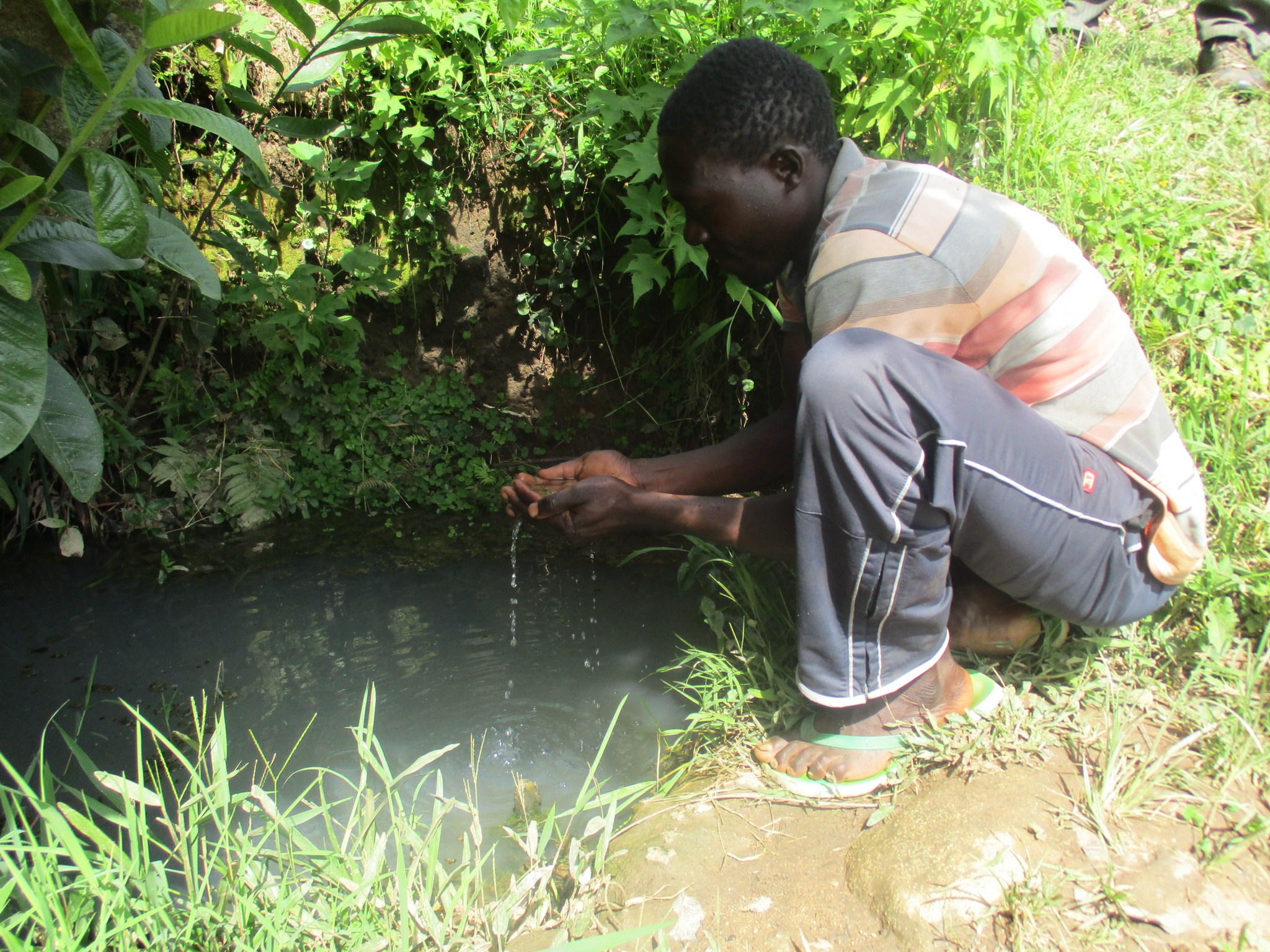 The Water Project : 4-kenya4577-unprotected-water