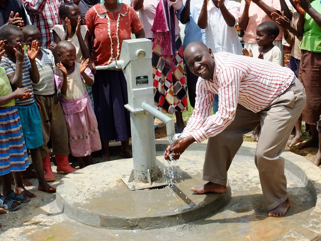 The Water Project : 44-kenya4534-handing-over