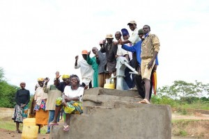 The Water Project : 7-kenya4486-finished-hand-dug-well