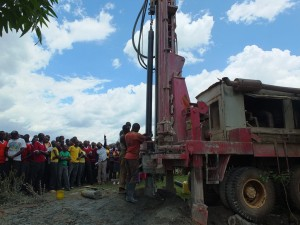 The Water Project : 9-kenya4369-drilling