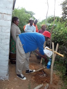 The Water Project : 9-kenya4465-training