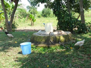 The Water Project : 1-kenya4542-unprotected-well