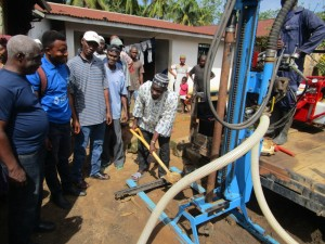 The Water Project : 10-sierraleone5082-ground-breaking