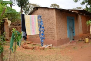 The Water Project : 11-kenya4470-clothesline