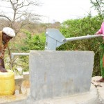 The Water Project : 14-kenya4469-fetching-water