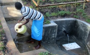 The Water Project : 14-kenya4578-protected-spring
