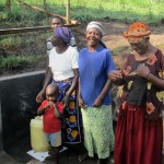 The Water Project : 18-kenya4578-protected-spring