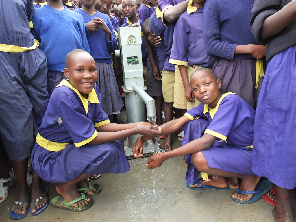 The Water Project : 30-kenya4539-handing-over