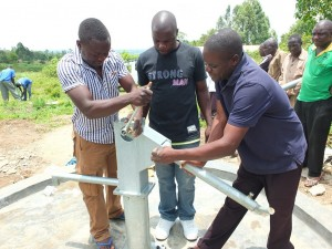 The Water Project : 31-kenya4537-pump-installation