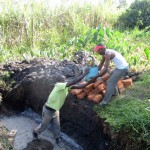 The Water Project : 6-kenya4578-construction