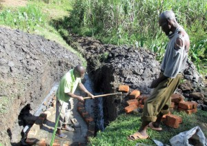The Water Project : 7-kenya4578-construction