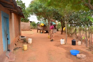 The Water Project : 8-kenya4470-water-containers