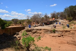 The Water Project : 13-kenya4472-construction