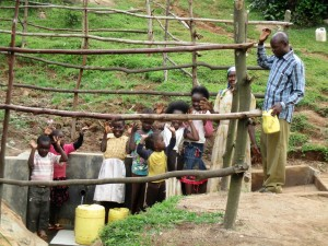 The Water Project : 13-kenya4583-protected-spring
