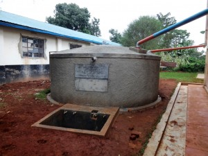 The Water Project : 13-kenya4616-finished-tank