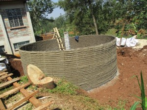 The Water Project : 13-kenya4620-construction