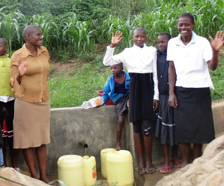 The Water Project : 14-kenya4579-protected-spring