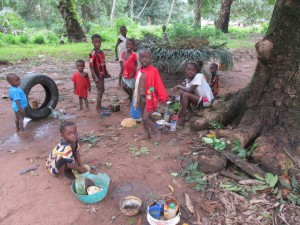 The Water Project : 16-sierraleone5094-playing-children