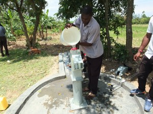 The Water Project : 22-kenya4542-chlorination