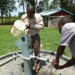 The Water Project : 23-kenya4541-chlorination