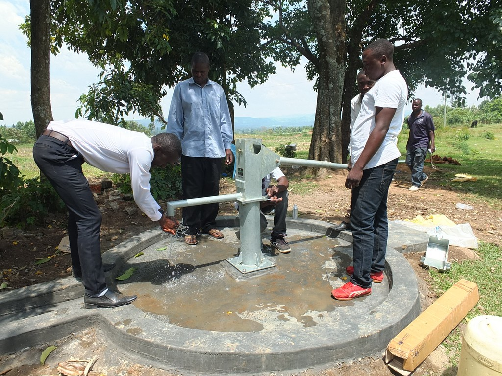 23 kenya4542 pump installation