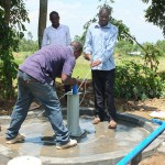 The Water Project : 25-kenya4542-pump-installation