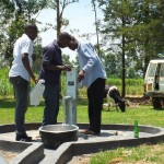 The Water Project : 30-kenya4541-pump-installation