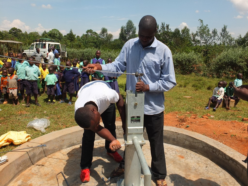 32 kenya4540 pump installation