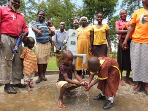 The Water Project : 36-kenya4541-handing-over
