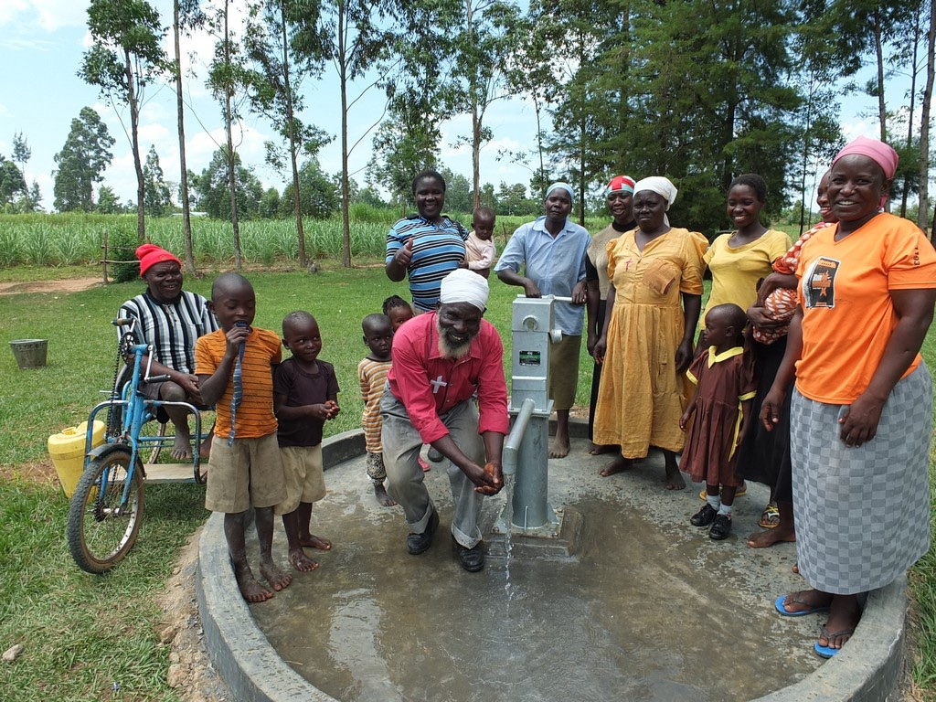The Water Project : 38-kenya4541-handing-over