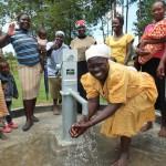 The Water Project : 40-kenya4541-handing-over