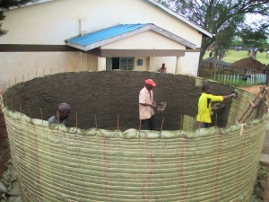 The Water Project : 7-kenya4621-construction