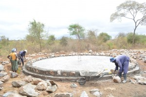 The Water Project : 10-kenya4504-construction