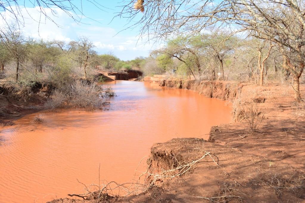 11 kenya4471 finished sand dam