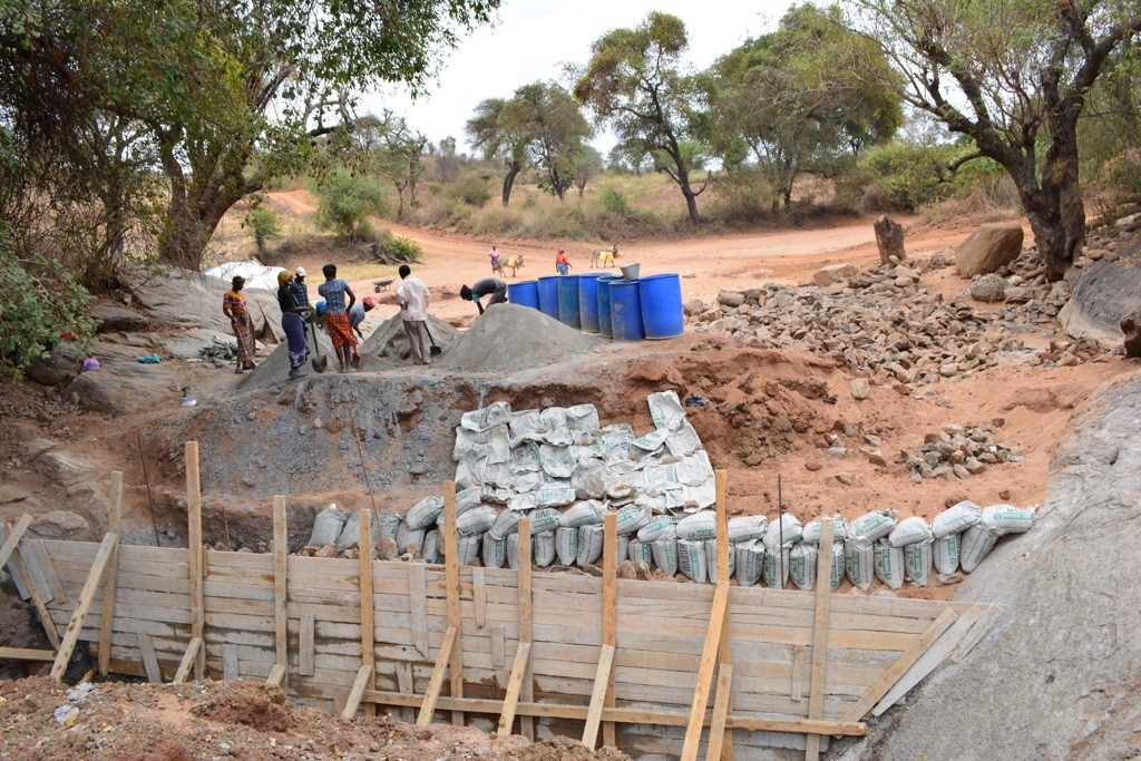 12 kenya4473 construction