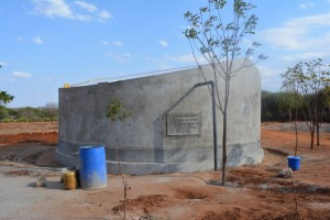 The Water Project : 12-kenya4503-finished-tank