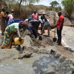 The Water Project : 14-kenya4473-construction