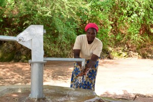 The Water Project : 14-kenya4498-finished-well