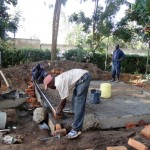The Water Project : 16-kenya4617-construction