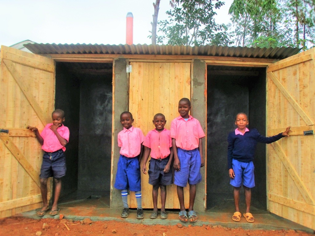 19 kenya4623 finished latrines