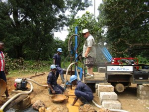 The Water Project : 22-sierraleone5094-drilling
